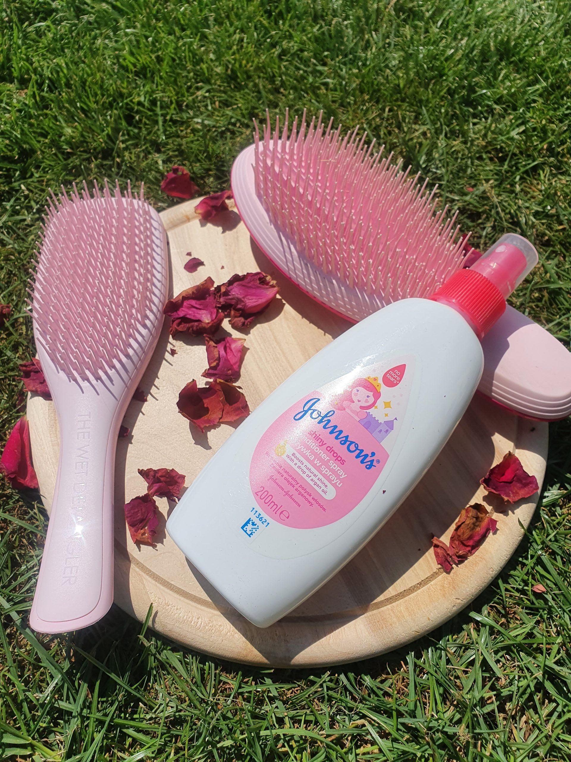 Meine Must Haves zum Thema Haare Kämmen: Bürsten von Tangle Teezer und Kämmspray für Kinder.
