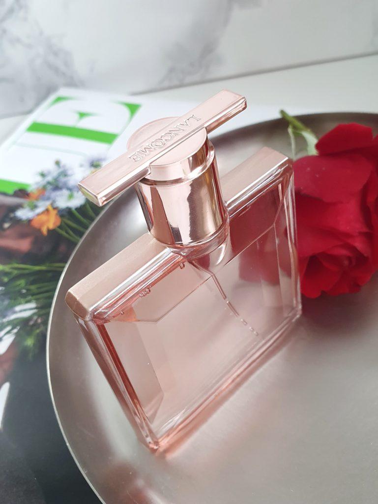 Das Parfum Idôle von Lancôme